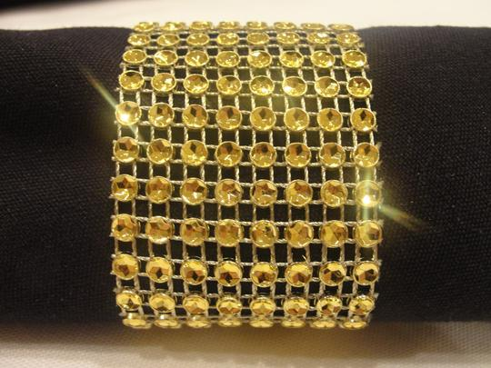 Preload https://img-static.tradesy.com/item/19753345/gold-200-rhinestone-style-napkin-rings-sash-holders-reception-decoration-0-0-540-540.jpg