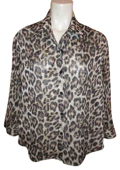 Preload https://img-static.tradesy.com/item/19754671/alice-olivia-brown-and-tan-animal-print-open-cowl-back-34-sleeve-night-out-top-size-petite-6-s-0-1-650-650.jpg