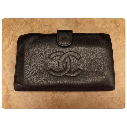 Chanel AUTHENTIC CHANEL BLACK CAVIAR LEATHER CC LOGO WALLET