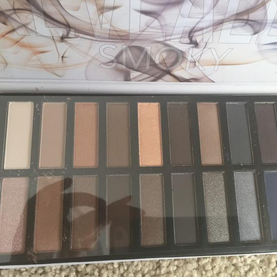 Coastal Scents Smoky Eye Palette