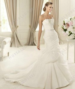 Pronovias Durcal Wedding Dress
