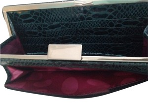 Perlina Blue Clutch