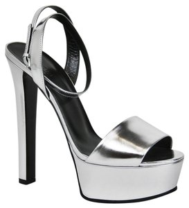 Gucci Leather Platform Metallic Silver Sandals