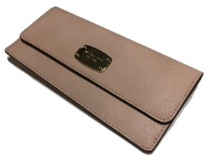 Michael Kors Michael Kors Jet Set Travel Flat Wallet Saffiano Leather
