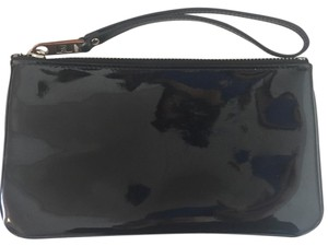 Marc Jacobs Wristlet in Black