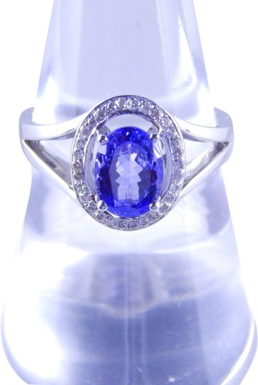 Other ELEGANT AND SIMPLE OVAL TANZANITE RING WITH SINGLE ROW OF DIAMONDS