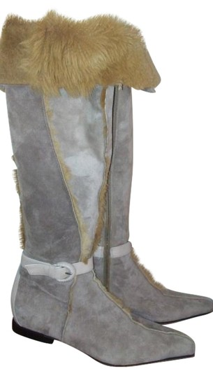 Preload https://img-static.tradesy.com/item/19757677/cesare-paciotti-beige-red-lining-suede-leather-with-fur-inside-bootsbooties-size-us-7-regular-m-b-0-2-540-540.jpg