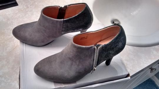 Report Signature Grey/Silver Boots