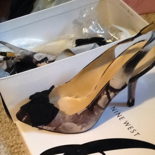 Nine West Blk And White Pumps