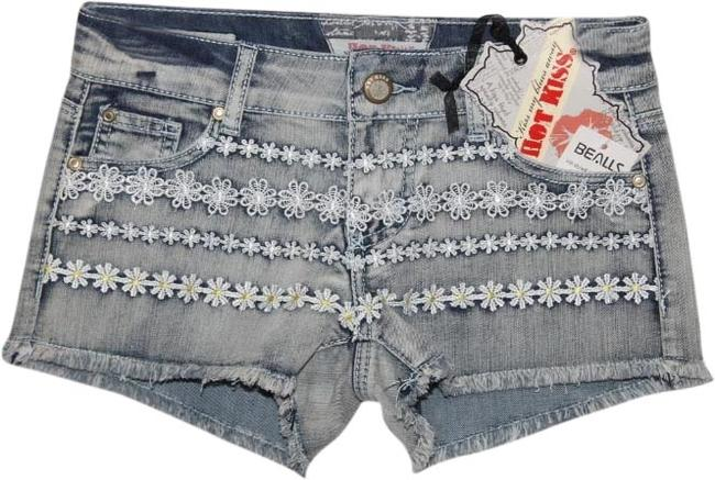 Preload https://item1.tradesy.com/images/hot-kiss-denim-blue-new-with-tags-cut-off-minishort-shorts-size-2-xs-26-1975790-0-0.jpg?width=400&height=650