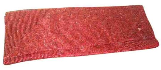Preload https://img-static.tradesy.com/item/19757954/vintage-red-beaded-fabric-clutch-0-1-540-540.jpg