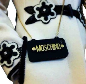 Moschino Chain iPhone 4/4s case