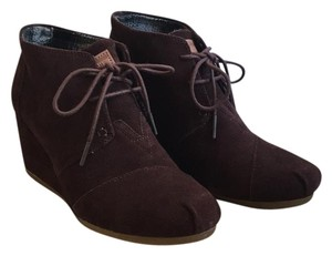 TOMS Chocolate Brown Boots