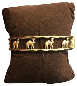 Kuwait Gold Shop Camel Design Bracelet