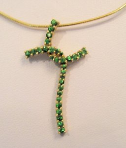 Tsavorite Garnet Cross Pendant,10 KT Yellow Gold