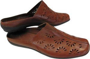 LifeStride Size 8.5 M Leather Excellent Condition BROWN Mules