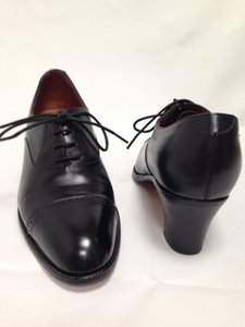 Brooks Brothers Wing-tip Business Lace-up Black Pumps