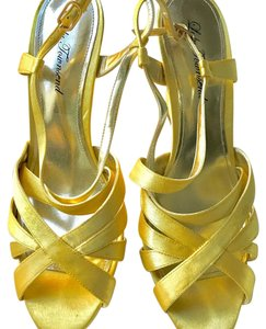Lulu Townsend Yellow Sandals