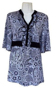 JTB Floral Paisley Ruffle V-neck Button Top black, white