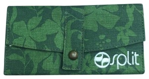 Splits59 Wristlet in Light Green, Dark Green Flower Print