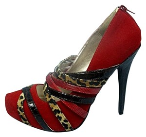 Qupid Faux Suede Snakeskin Red Pumps