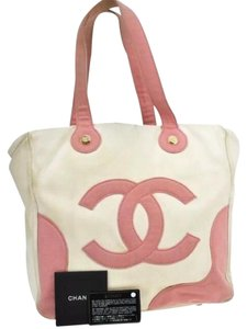 Chanel Tote in White Pink