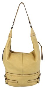 B. Makowsky Style Bucket Hobo Bag
