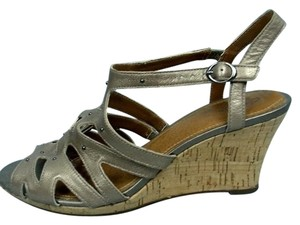 Clarks Wedge Fiddle String Tan Wedges