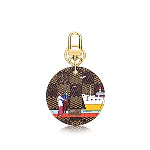 Louis Vuitton ILLUSTRE EVASION BAG CHARM & KEY HOLDER damier