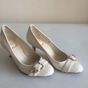 Dior Bumble Bee Ivory Pumps