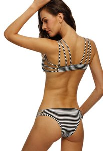 Romwe Black Striped Ring Accent Strappy Bikini Set