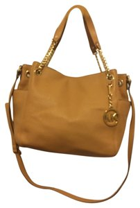 Michael Kors Leather Tote in Peanut