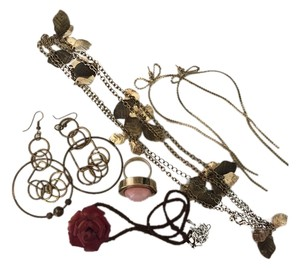 Urban Outfitters A set of (5) pieces of jewelries (Leather Rose choker necklace, leaf long necklace, coral ring, hoop earrings, bow earrings))