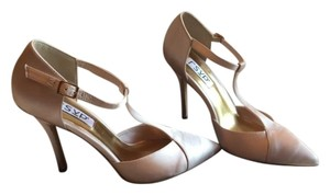RSVP Satin Boxed Elegant Vintage Look New Latte/Beige Pumps
