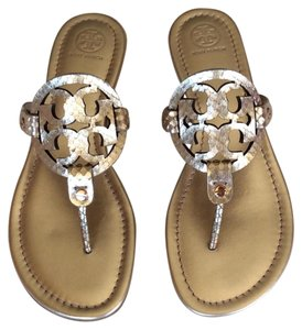 b55db78b1ec8 Tory Burch Sandals on Sale - Up to 70% off at Tradesy