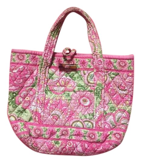 Preload https://img-static.tradesy.com/item/19769380/vera-bradley-mini-petal-pink-retired-print-tote-0-1-540-540.jpg