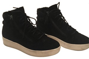 Banana Republic Black suede Athletic