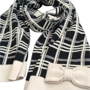 Kate Spade NWT, Kate Spade New York Black and Cream Plaid Scarf with Bow