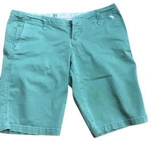 Abercrombie & Fitch Bermuda Shorts Green