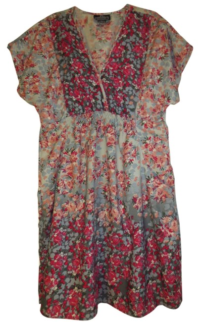 Preload https://item5.tradesy.com/images/angie-multicolored-floral-tunic-size-16-xl-plus-0x-197704-0-0.jpg?width=400&height=650