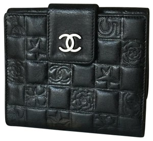 Chanel Chanel Lambskin Leather Black Embossed Bifolded Wallet