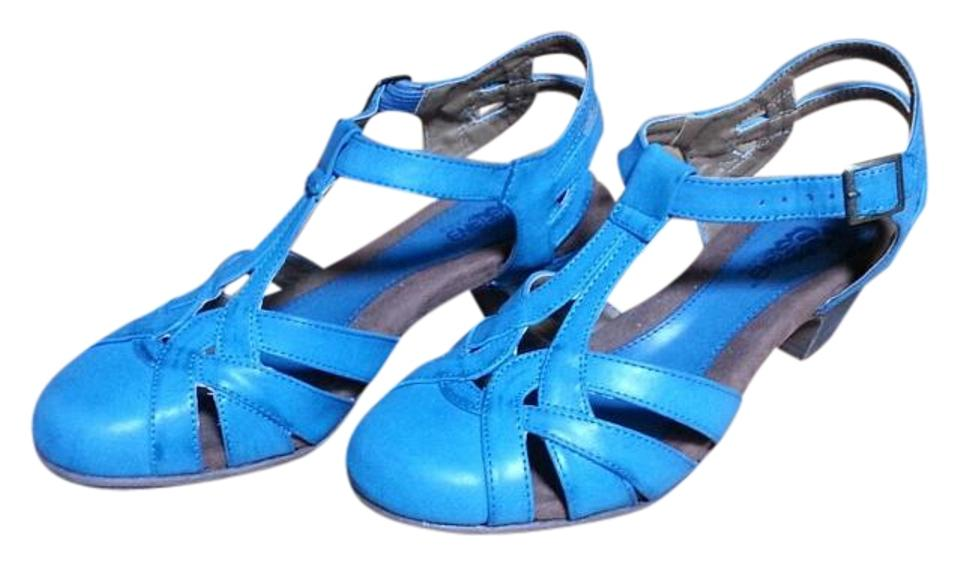 Serene Island Shoes Review
