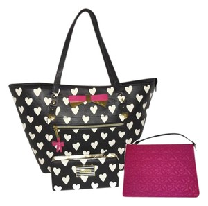 Betsey Johnson Gold Hardware Pouch Wallet Tote in BLACK/BONE