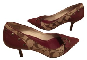 Coach Tierney Brown/Tan/Burgundy Pumps