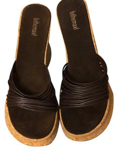 To the Max Brown Wedges