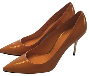 Stuart Weitzman Beige patent leather Formal