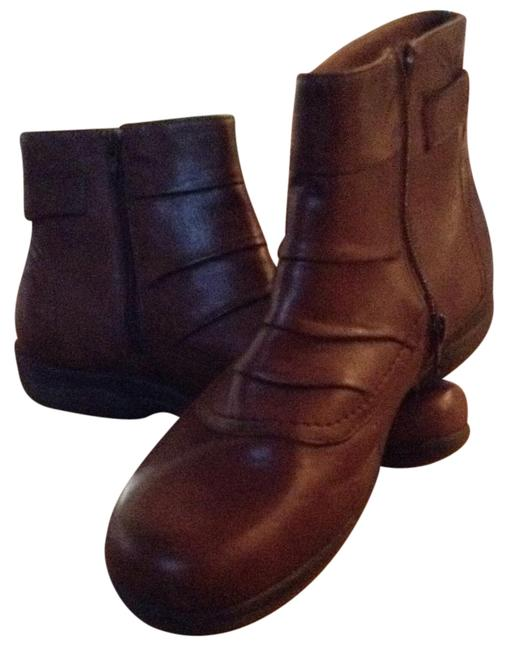 Item - Brown Boots/Booties Size US 10 Wide (C, D)