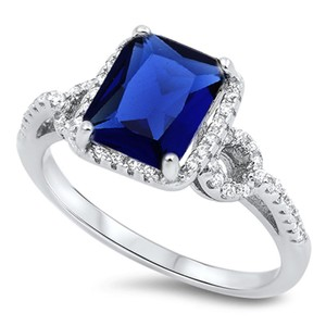 9.2.5 Gorgeous blue sapphire square cocktail ring size 7