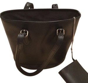 Louis Vuitton Epi Leather Bucket Tote in Black