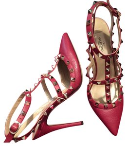 Valentino Burgendy Pumps